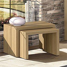 Muebles y decoración acabados en madera natural