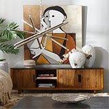 Mueble TV etnico de madera oscura
