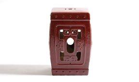 Taburete ceramico cuadrado rojo