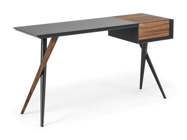 Mesa de escritorio nogal canaleto Batik