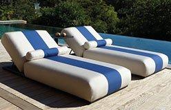Tumbona sunbed tapizada franja central