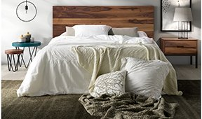 Cabecero y cama de madera industrial Loft