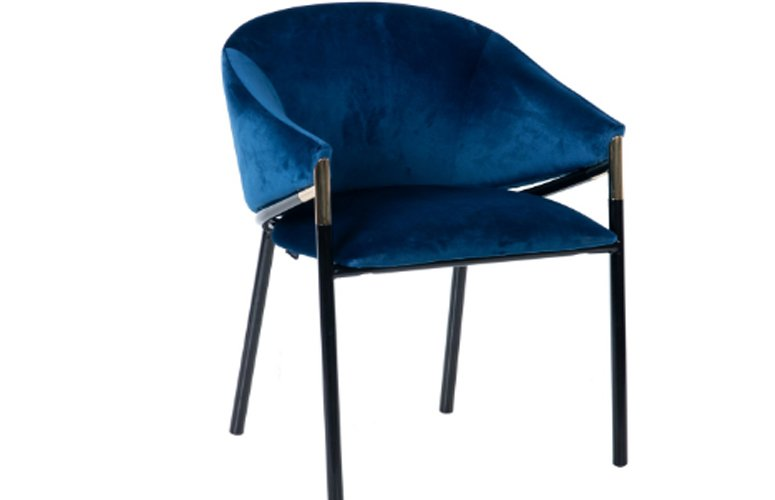 Silla con brazos Velvet Atlanta terciopelo azul hierro negro