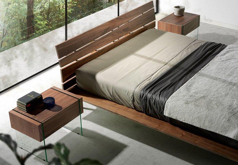 Dormitorio nogal y cristal Munio
