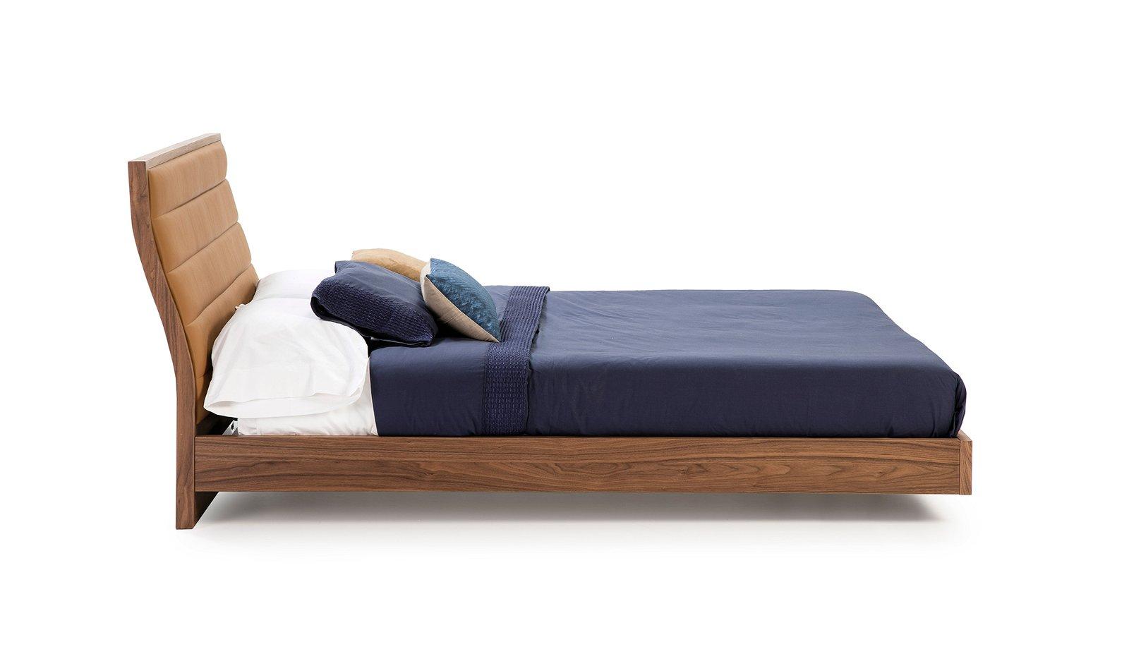 Cama moderna nogal y piel Vitale para colchón 150x200