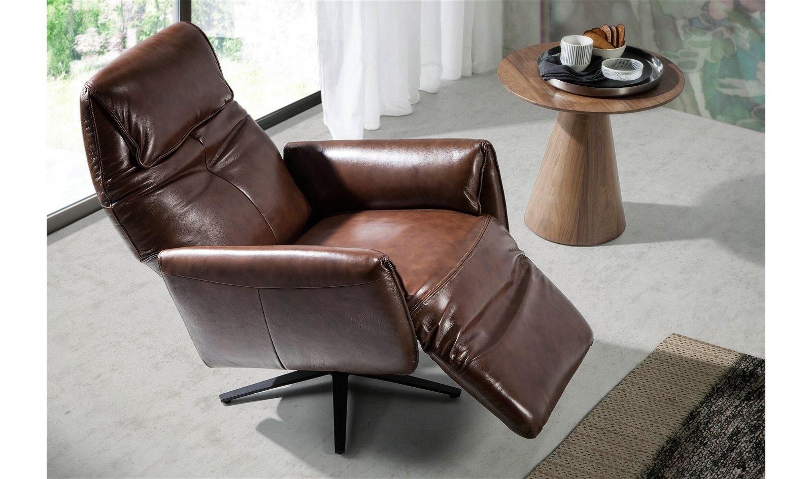 Butaca Relax giratoria moderna piel y acero Gorreto