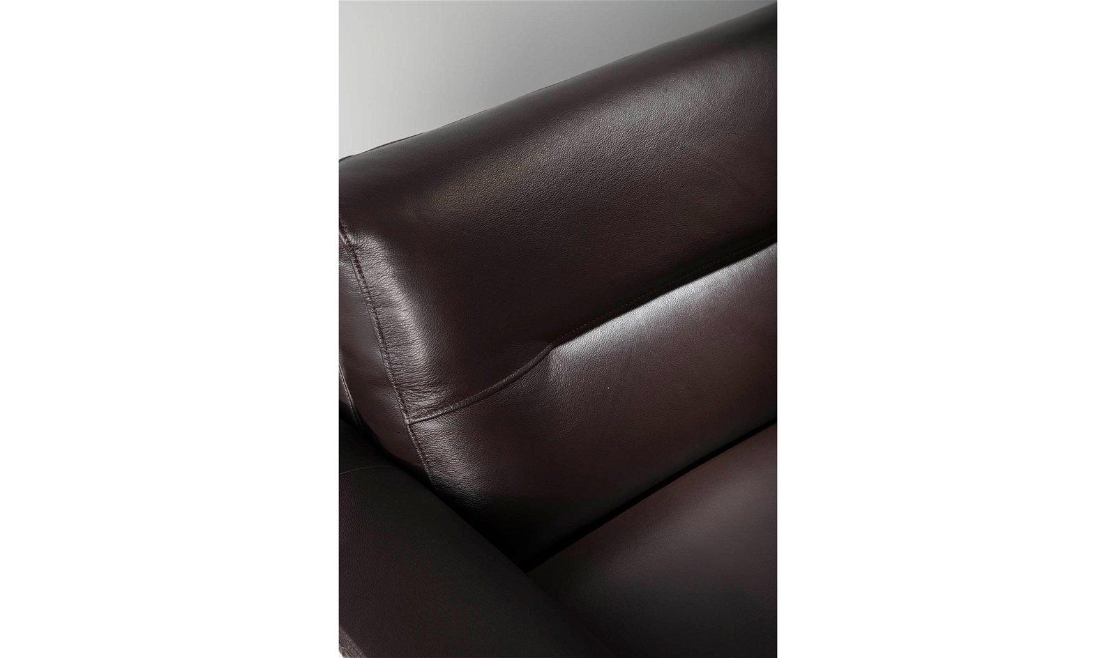 Sofá moderno nogal y piel Matteo