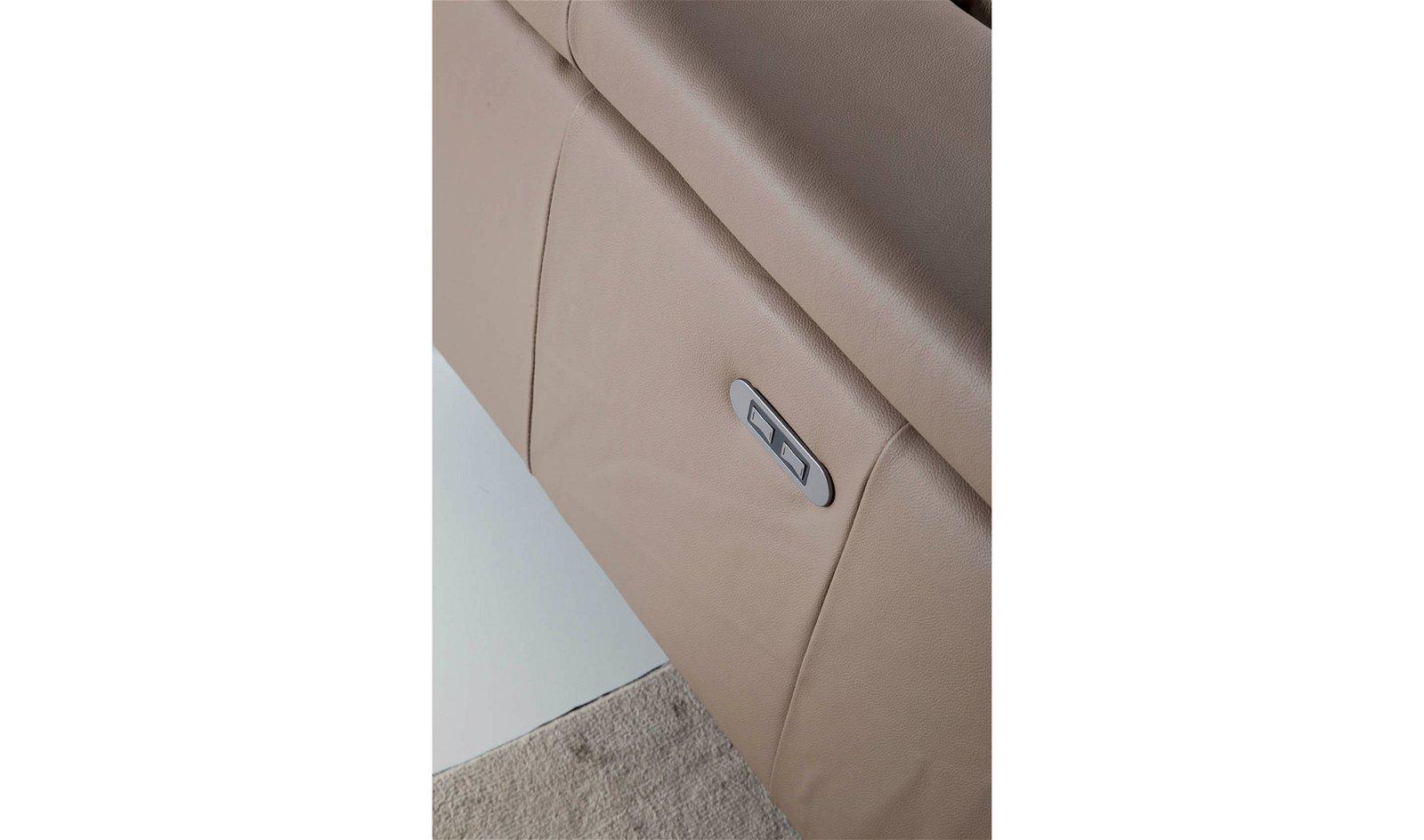 Sofá con chaise longue moderno piel y acero Apulia