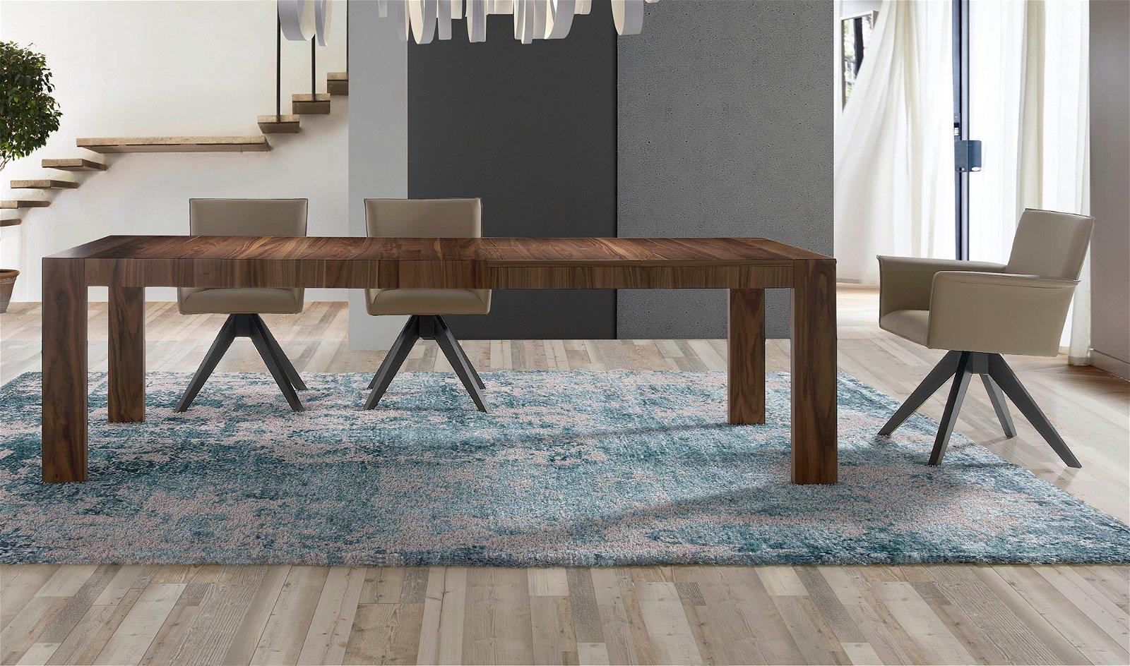 Sillón moderno tapizado y madera Bionaz