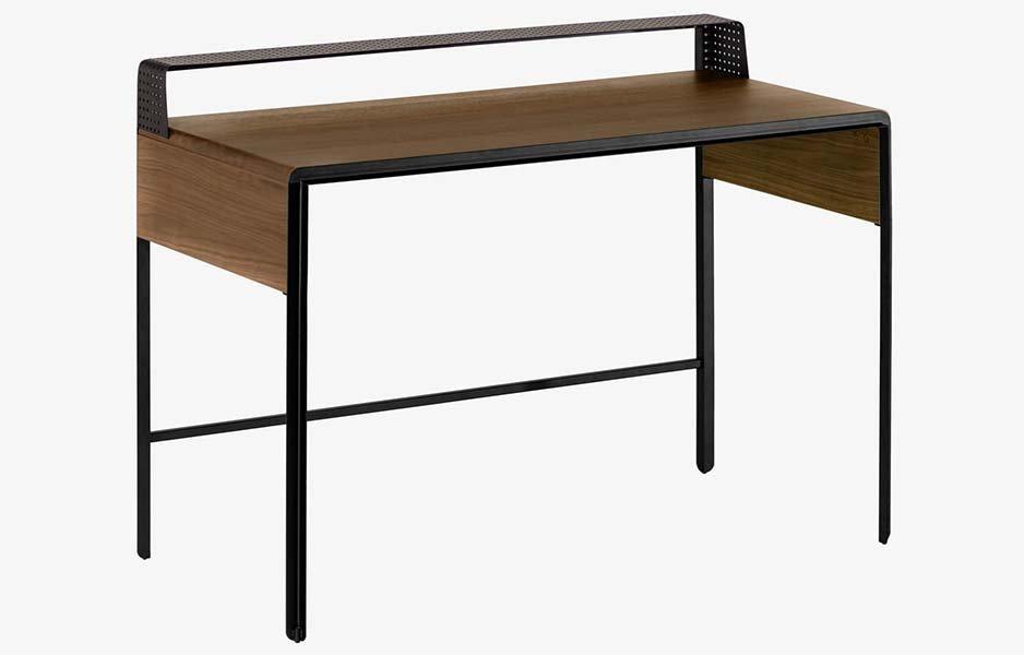 Mesa de escritorio nogal industrial Dynaria