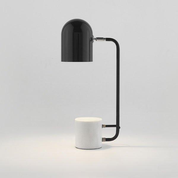 Lámpara de sobremesa Luca mármol blanco y acero