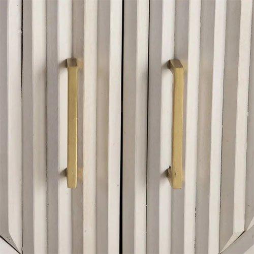 aparador estampado geometrico en blanco y dorado
