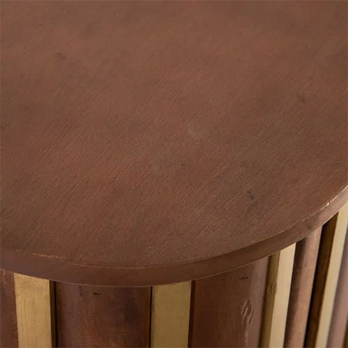 aparador de madera natural y dorado