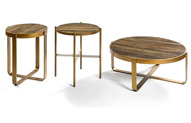 Mesa auxiliar redonda dorada y madera olmo