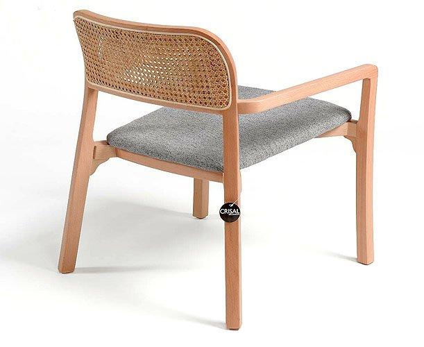 Butaca madera natural  tapizado y ratán