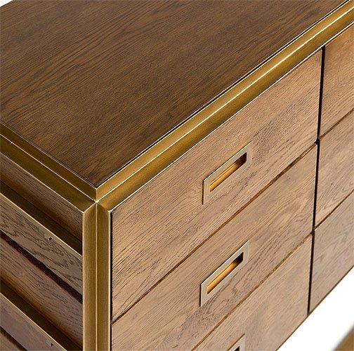 Cómoda madera roble y metal dorado