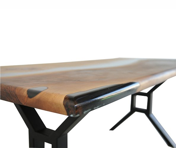 Mesa de comedor nogal macizo Parlet