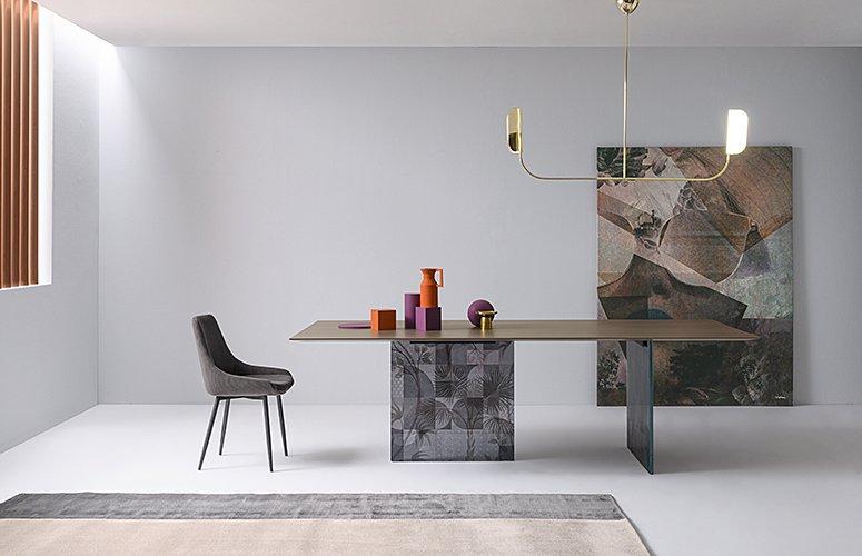 Mesa de comedor fija Manhattan patas de vidrio decorado