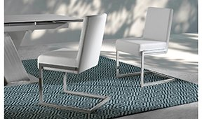 Silla moderna tapizada y acero Musala