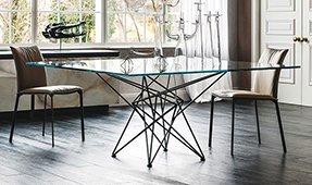 Mesa de comedor cuadrada cristal Gordon Cattelan