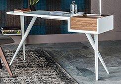 Mesa de escritorio nogal canaletto Batik Cattelan
