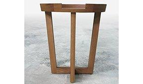Mesa auxilar moderna nogal  Jup