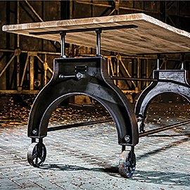 Muebles de madera maciza y hierro