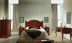 Dormitorio clásico de caoba