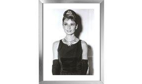 Cuadro Audrey Hepburn con tiara marco en aluminio
