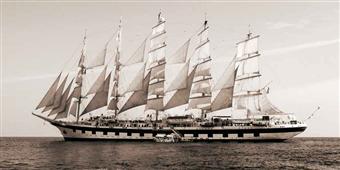 Cuadro canvas sailing cruise ship under full sail
