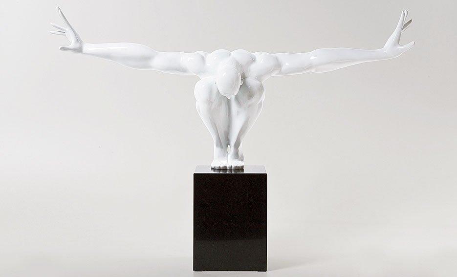 Escultura atleta blanco