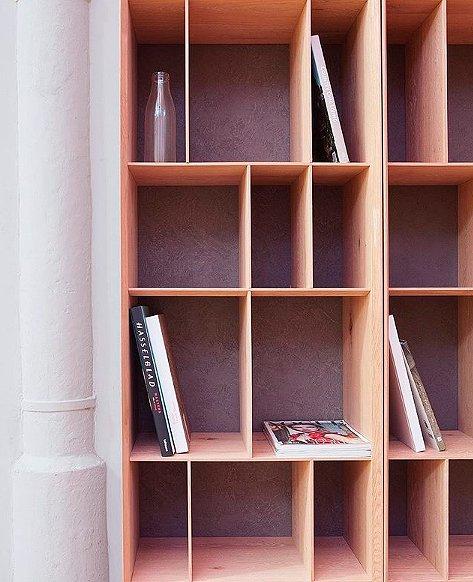 Librería nórdica  pequeña Epura