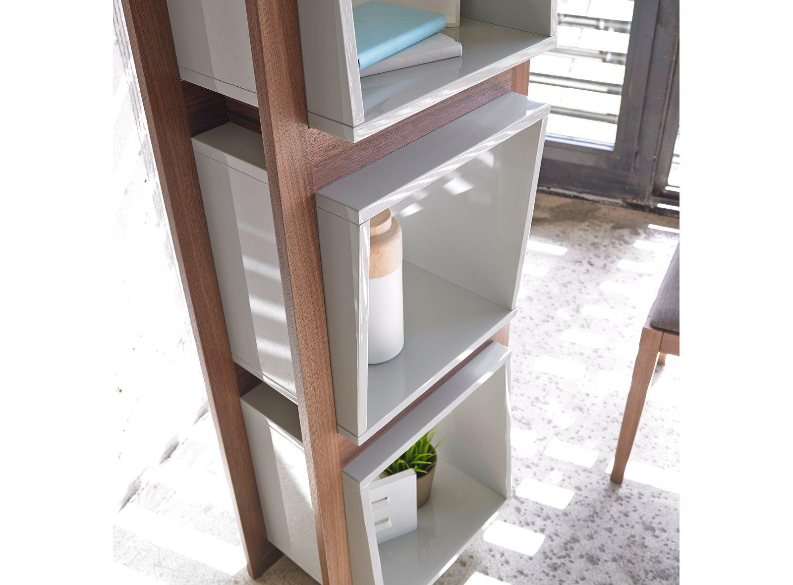 Librería moderna Jordane