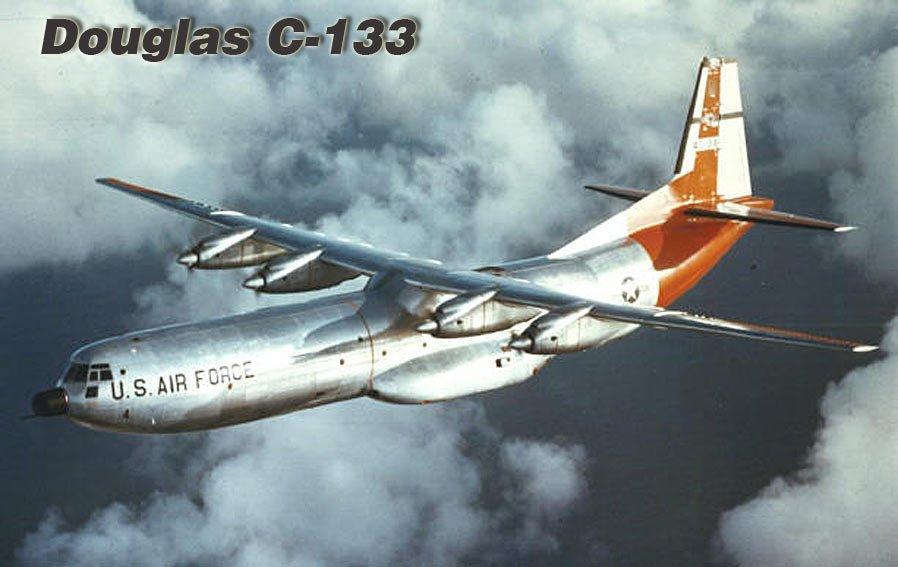 Mesa de centro Douglas C-133 Pedal